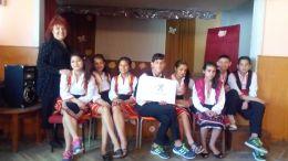 """група """"Народни танци - да танцуваме заедно"""" - ПУИ Академик Тодор Самодумов - Кранево"""